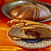 Mouna (sweet Jewish yeasted bread)