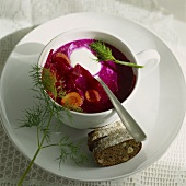Borscht (Rote-Bete-Suppe)
