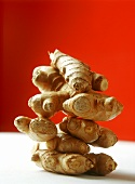 Ginger roots, in a pile
