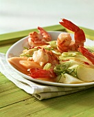 Melon salad with shrimps and chili and lime dressing