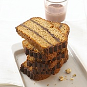 Zwieback cake with chocolate
