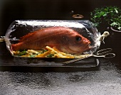 Red mullet with vegetables in a roasting bag