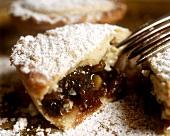 A piece of mince pie