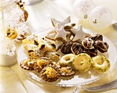 Plate with various Christmas biscuits