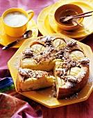 Apple cake with pecan nut crust