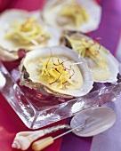 Pochierte Austern mit Lauch und Safran