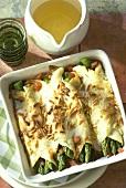 Gratin of pancake stuffed with green asparagus