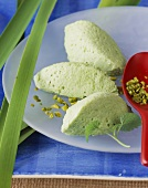 Green tea mousse with pistachios