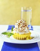 Lemon tartlets with meringue topping