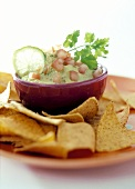 Avocado dip with tortilla chips