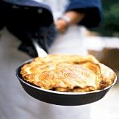 Savoury pan-cooked pie