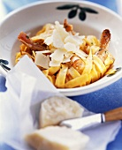 Pasta aglio e gamberi (Knoblauch-Nudeln mit Garnelen)