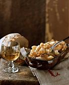 Aelpler Magroone: Makkaroni-Kartoffel-Auflauf aus der Schweiz