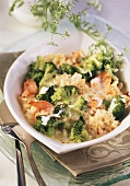 Ebly and broccoli gratin with smoked salmon