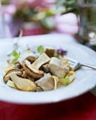 Veal fricassee with capers and ceps