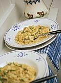 Allgäuer Kasspatzen: cheese noodles with onions