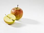 Whole apple and half apple (Rubinette)
