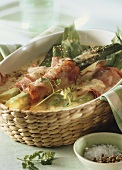 Leek gratin with ham in baking dish