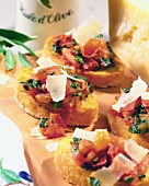 Bruschetta (toast with tomatoes, basil, Parmesan shavings)