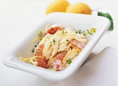 Spaghetti with salmon in lemon sauce