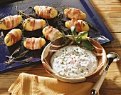 Potatoes with herbs and bacon and quark with radishes