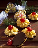 Chocolate and apricot stars with cherries