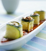 Filled courgette rolls