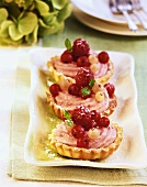 Berry tarts with shortcrust pastry