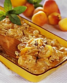 Apricot gratin with rolled oats