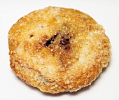 Eccles cake (flaky pastry filled with currants, England)