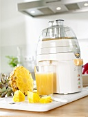 Pineapple juice with electric juicer