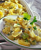 Kohlrabi and pasta gratin