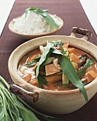 Vegetable curry with pumpkin, sweetcorn & water spinach (Asia)