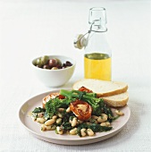 Insalata di fagioli (Bean salad with white bread & olive oil)