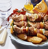 Pork fillet kebabs with apricots