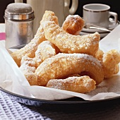Doughnut sticks with icing sugar