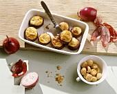 Cipolle ripiene agli amaretti (Onions stuffed with amaretti)