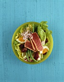 Salade niçoise with seared tuna