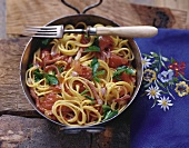 Spaghetti dell'alpinista (Spaghetti with bacon sauce & tomatoes)