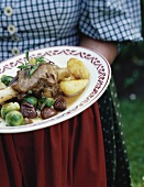 Garetto di agnello con le castagne (Lamb shank with chestnuts)