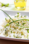 Boiled rice with chives