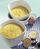 Aioli and fresh garlic