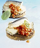 Wholemeal bread with sardines, Brin d'Amour & diced peppers