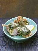 Perlhuhn mit Pesto-Kruste und Artischockengemüse