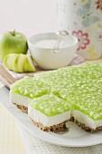 Apple yoghurt cheesecake, pieces cut
