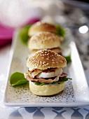Mini burgers with scallops