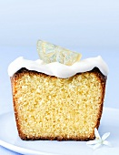 Moist lemon cake with soft cheese topping