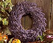 Kranz: Strohling mit Lavendel