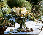 Eisenschale mit Adventsgesteck