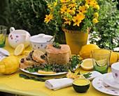 Cake with lemon thyme, lemon balm and lemon juice